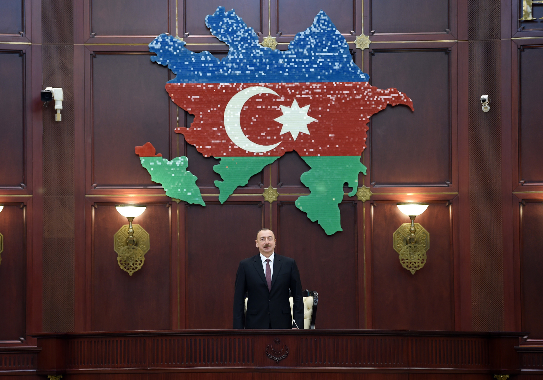 Image result for İlham Əliyev andiçmə